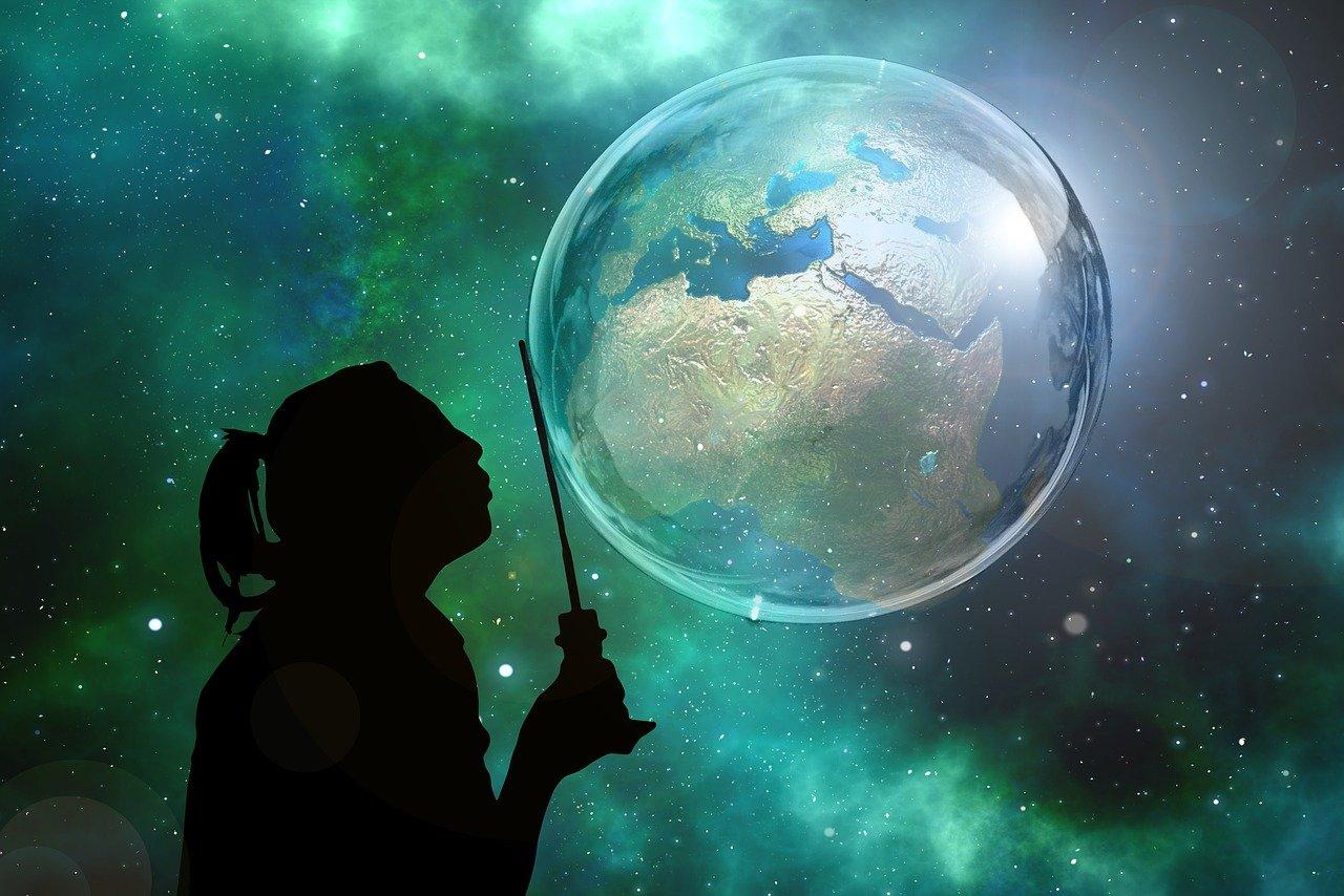 小説 世界観 設定 現代 異世界